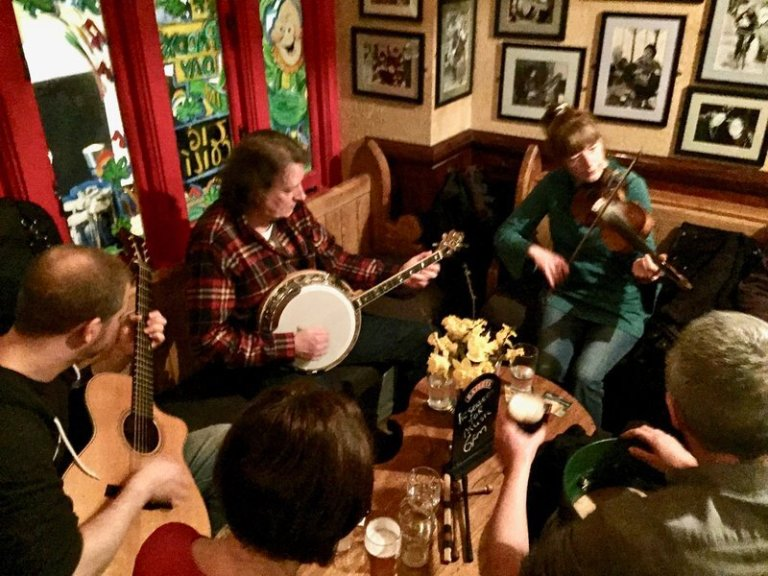 Traditional Irish music session in Galway