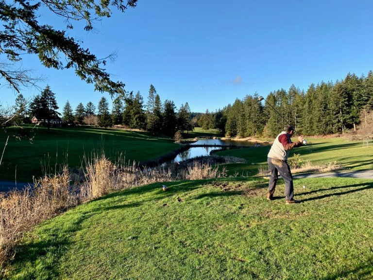 Orcas Island Golf. You can see the mud on my pants from my fall!