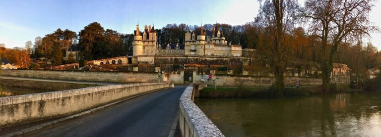 Visit the chateaux of the Loire Valley, France